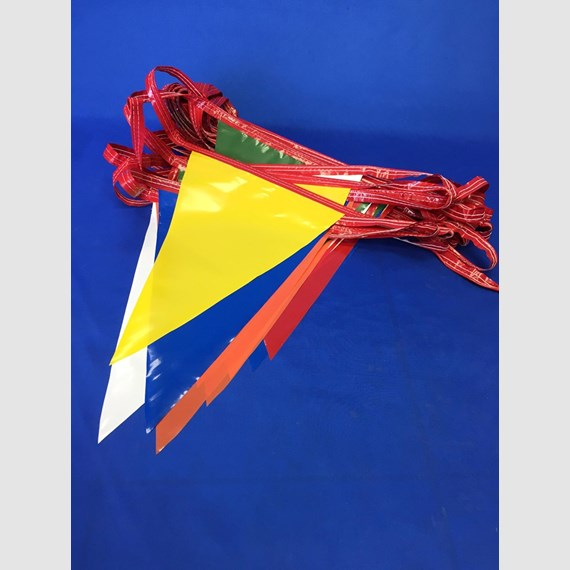 Poly pennant streamers